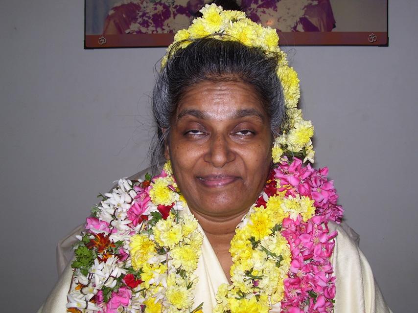 Paramatma Aum Amma – Param Jyothi Darshan